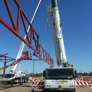 Australia Post Parcel Facility - Chullora NSW - 60 metre clear span truss